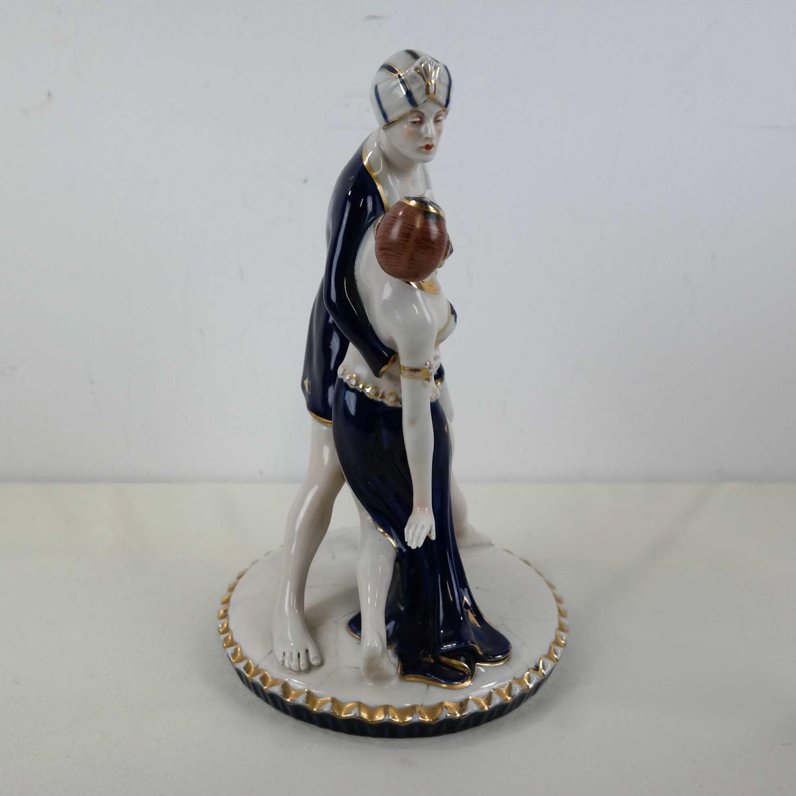 Art Deco Rudolph Valentino en Vilma Bank Royal Dux