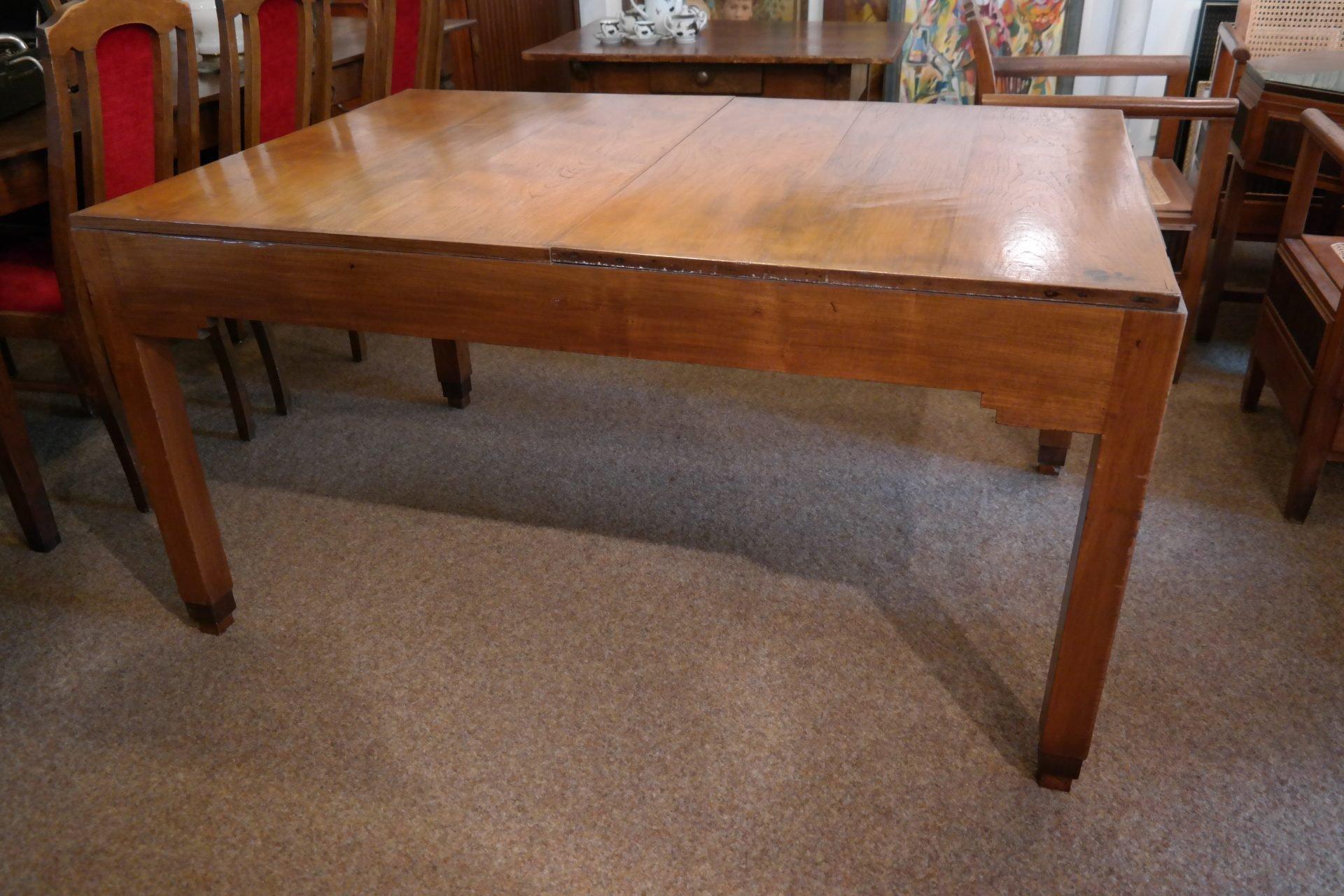 Art Deco tafel uit Nederlands Indië