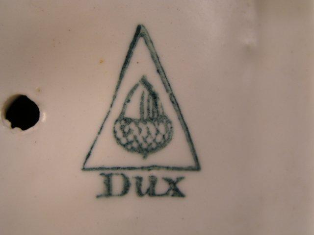 Jugendstil beeldje van Royal Dux